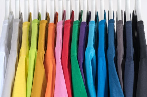 Questions to ask while hiring a uniform supplier