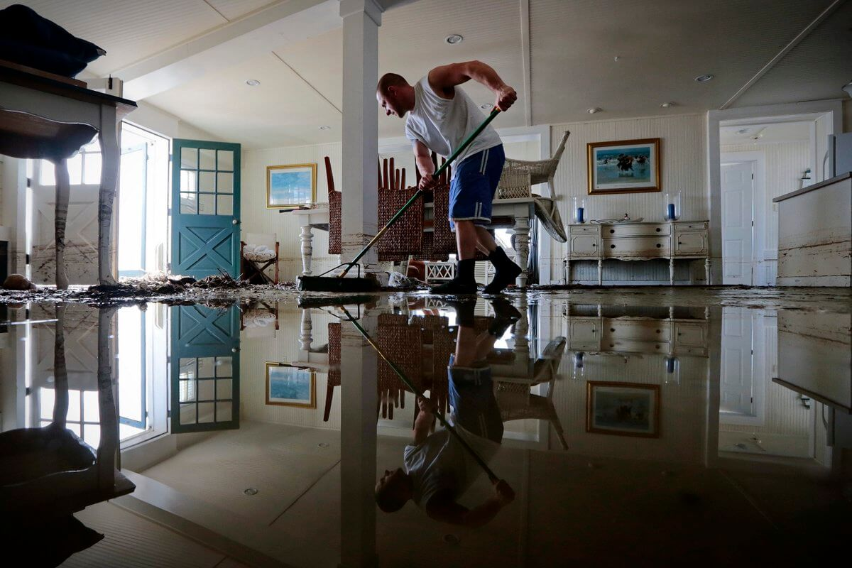 Fixing all the water damages after flood – flood damage restoration